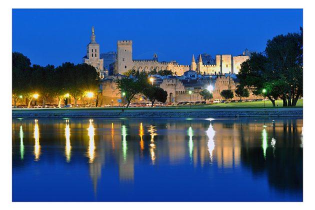 Avignon - Palais des Papes de buit