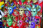 Carnaval - Masques en vitrine
