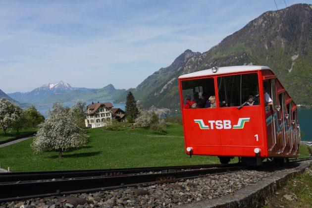 Frühling Bahn Schwanden Seelisberg